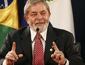 Lula mostrando o q brasileiro vai ganhar
